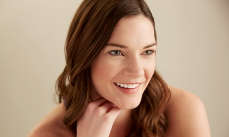 Limpieza con radiofrecuencia facial y orbicular y opción a diseño de cejas desde 24,95 € en All For Beauty By Sipania