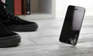 Altun Handyshop: Display-Reparatur für iPhones mit Panzerfolie und Aufladekabel bei Altun Handyshop (bis zu 67% sparen*)