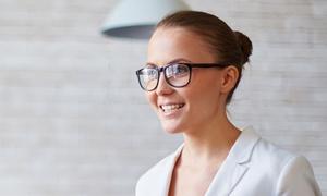 Occhiale completo Ottica Veneta: Occhiali con lenti monofocali o progressive da Ottica Veneta (sconto fino a 79%). Valido in 2 sedi