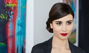 Salon Justyna: Strzyżenie i modelowanie (44,99 zł) z farbowaniem (119,99 zł) i więcej opcji w Salonie Justyna