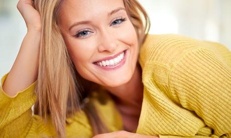 Limpieza dental con opción a 1 o 2 sesiones de blanqueamiento led desde 12,95 € en Dental Gal.La Placídia