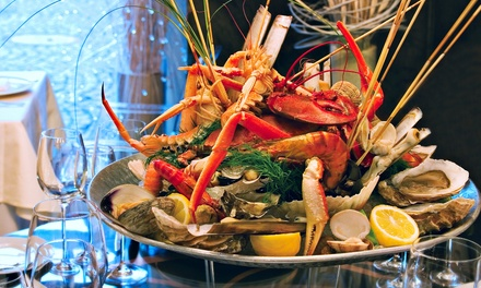 Menú para 2 o 4 con aperitivo, entrante, mariscada con bogavante y postre desde 69,95 € en Ca'n Jordi