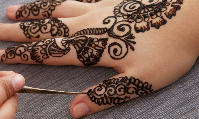 Henna Tattoo Chicago : Threading hair and spa up to off chicago il groupon