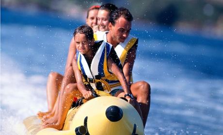 Paseo en banana acuática por la costa de Mogán para cuatro, seis u ocho personas desde 24,90 €