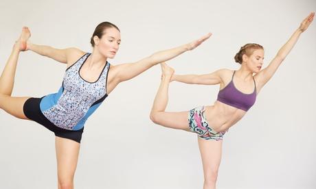 10 clases de Bikram Yoga en horario diurno o vespertino desde 39 € en Bikram Yoga Spain Pozuelo
