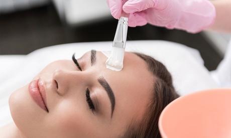 Sparangebote: 60 Min. klassische Gesichtsbehandlung bei Beauty Line Kosmetik Karin Kirchner (bis zu 46% sparen*)