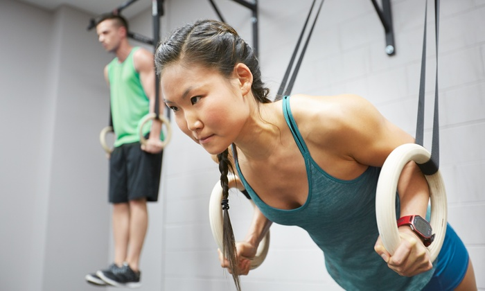 Crossfit Beverly - Far South Chicago: Six Weeks of Unlimited Boot-Camp Classes at CrossFit Beverly (65% Off)
