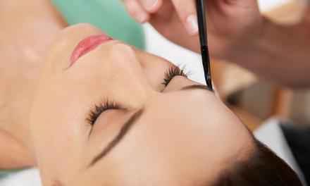 Maquillage permanent pour grain de beauté, sourcils, eye liner et lèvres dès 15 € à Elise Jolia