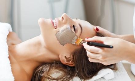 Triple limpieza facial y peeling desde 29,95 € en Goya Centro Médico Estético
