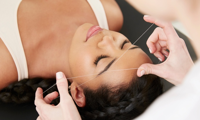 SOI Brow - Lewisville - Waters Ridge: $19 for Eyebrow Threadins a SOI Brow $50 Value)