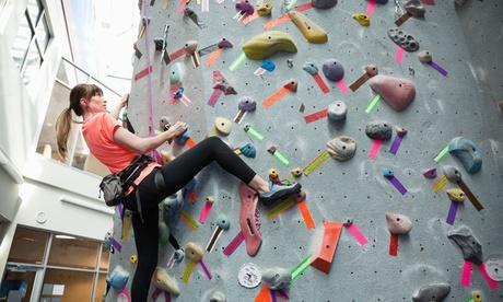 Bautismo de escalada para 1 o 2 personas desde 19,95 € en Be Climb Málaga