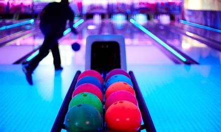 Knijn Bowling Amsterdam: 1,5 uur bowlen + bittergarnituur, of een avond discobowlen met max. 7 personen vlakbij de RAI