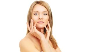 Estetics: Higiene facial, masaje corporal, manicura permanente y opción a cóctel multivitaminas desde 16,90 € en Estetics