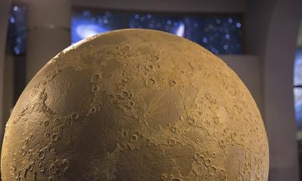 Visita al planetario per adulti e bambini