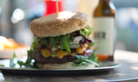 XL-Burger inkl. Country-Potatoes mit Sour-Cream für 1 oder 2 Personen bei Call to eat (bis zu 20% sparen*)