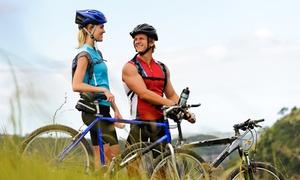Pako Bike: Cinque Terre e Parco di Montemarcello-Magra: tour in e-bike per una o 2 persone con Pako Bike (sconto fino a 36%)