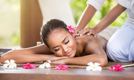 One-Hour Thai or Deep Tissue Massage at Opulence Spas, Oxford Circus