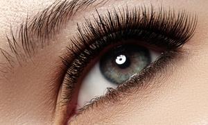 CS Nail & Beauty Lounge: Wimpernverlängerung mit 70 Wimpern pro Auge optional inkl. Refill bei CS Nail & Beauty Lounge (bis zu 68% sparen*)