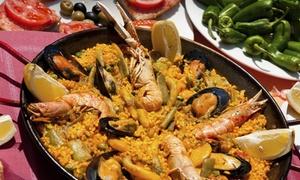 L Orologio Di Morena: Fino a 2 kg di paella con 2 litri di sangria per 2 o 4 persone al ristorante L'orologio di Morena (sconto fino a 68%)