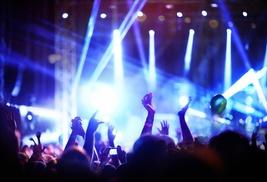 QUIRKY DEALS: Gana gratis 2 entradas para el concierto de Coldplay en Barcelona el 26 de mayo