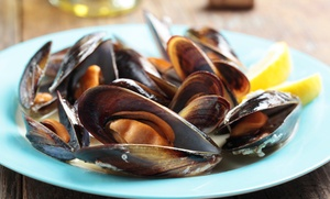 Ristorante La Sirenetta Cucina Di Pesce: Menu di pesce con calice o bottiglia di vino per 2 o 4 persone al Ristorante La Sirenetta (sconto fino a 75%)