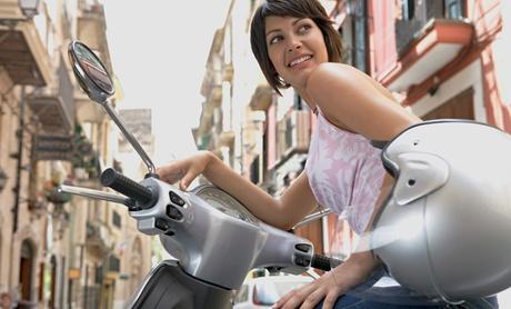 Curso de ciclomotor AM o de moto A2 con prácticas desde 19,95 € en San Lorenzo