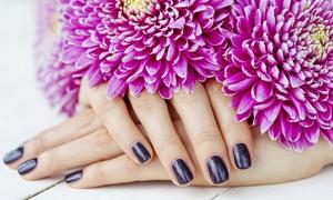 Nail Bar: Wybrany manicure z możliwością późniejszego zdjęcia od 39,99 zł w Nail Bar (do -51%)