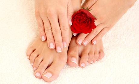 1 o 2 sesiones de manicura y pedicura con esmaltado semipermanente y tratamiento spa desde 12,95 €