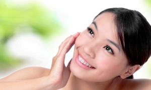 o2 Juice Bar and Spa: $37 for One Microdermabrasion Treatment at o2 Juice Bar and Spa ($65 Value)