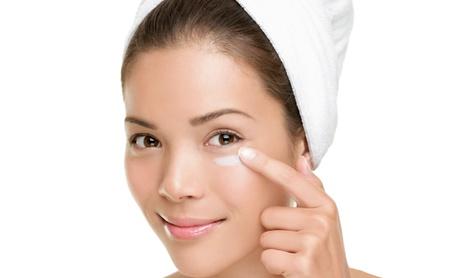 Paga 49 € por un descuento de hasta 2175 € por un tratamiento facial de cirugía estética Oferta en Groupon