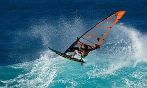 Aloha Center: Iniciación al kayak, curso de paddle surf o bautismo de windsurf para 1, 2 o 4 personas desde 9,95€ en Aloha Center