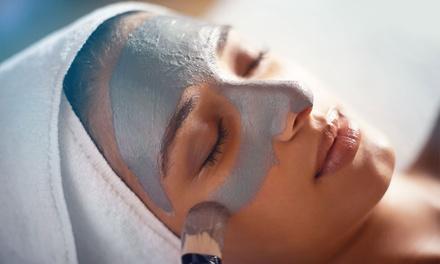 Klassische Gesichtsbehandlung bei Pureskins (bis zu 61% sparen*)
