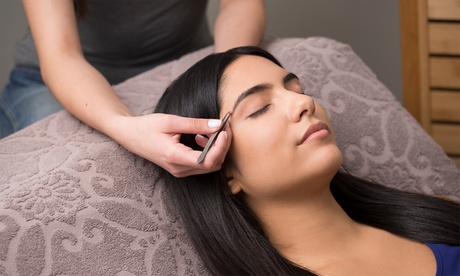 $11 for $20 Worth of Services - A Eyebrow Threading f427509c-a28e-11e7-bba6-52540a1457c8