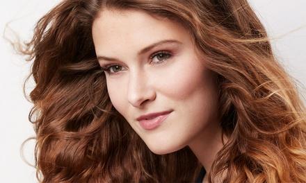 Sesión de peluquería con opción a tinte, mechas o tratamiento Violett Plex Color System desde 14,95 € en Peluquería Zoe
