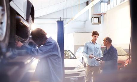 Klimaanlagen-Inspektion, optional mit Pkw-Sicherheitscheck, beim Warnke Autodienst
