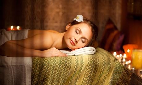 Masaje tailandés u otro a elegir de hasta 90 minutos o masaje MER desde 16,95 € en Excellence Formacion Salud Alcobendas