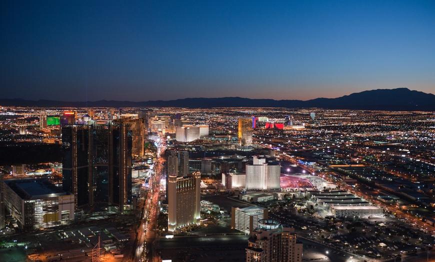 4 5 Star Las Vegas Hotel Jet Luxury At The Signature Condo Hotel Groupon