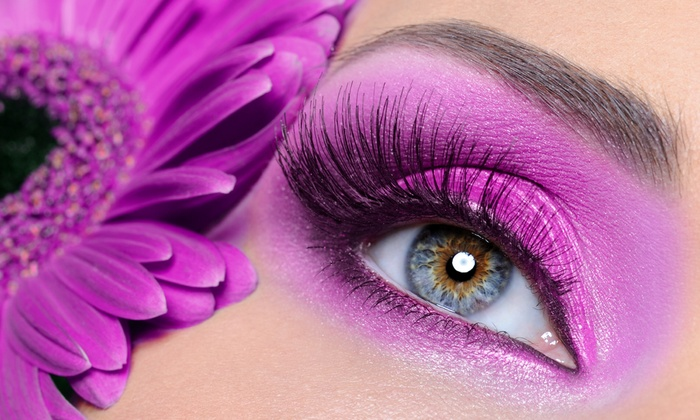 Eyetopia Spa - Multiple Locations: $94 for a Full Set of Hypoallergenic Silk Mascara Look Eyelash Extensions at Eyetopia Spa ($175 Value)