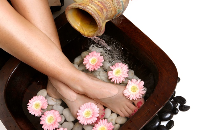 Oak Creek Relief and Wellness - Oak Creek: 1, 5, or 10 Detoxifying Ionic Footbaths at Oak Creek Relief and Wellness (Up to 57% Off)