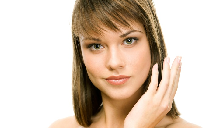 Organic Bronze Bar - Portland: Haircut, or Deep-Conditioning Treatment with Highlights or Full Color at Organic Bronze Bar (Up to 41% Off)