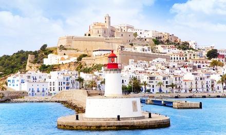 ✈ Menorca:4 o 7 noches en habitación doble bajo régimen de media pensión con vuelo directo de I/V en el hotel Aguamarina