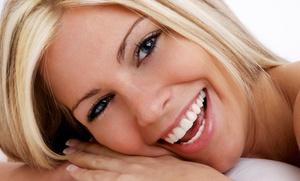 Limpieza dental con ultrasonidos y revisión por 12 €