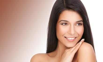 Manicura semipermanente con tratamientos faciales a elegir y opción a pedicura y masaje desde 12,95 € en Eva Chacón