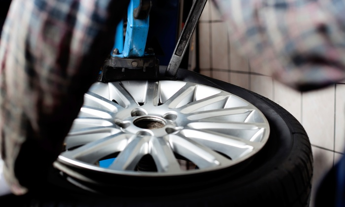 All American Tire - Van Nuys: $220 for a Lifetime Brakes and Rotor Resurfacing Package at All American Tire ($400 Value)