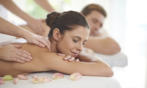 Holiday-Asia Massage Beauty and Spa: One-Hour Couples Massage Therapy Package at Holiday-Asia Massage Beauty and Spa