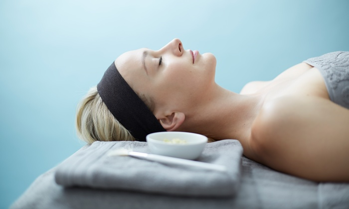 Pure Spa - Perry Plaza: $89 for a 60-Minute Hydro Facial, Peel, and Aromatherapy Wrap for Hands and Feet at Pure Spa ($185 Value)