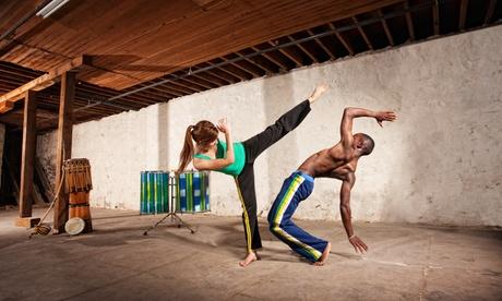1, 3 o 6 meses de clases de capoeira desde 16,90 € en Simplesmente Capoeira