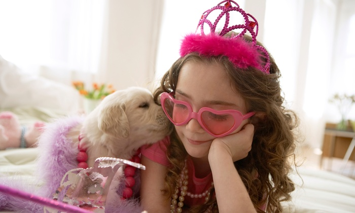 Razzberry Lips - Los Gatos: Glamour Girl Party for Seven or a Glamour Girl Makeover for One at Razzberry Lips (33% Off)