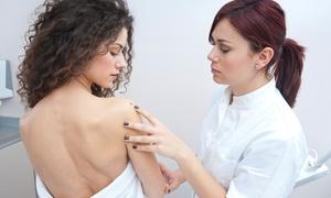 SMART MEDICAL SERVICE (via Depretis): Visita dermatologica con mappatura dei nei in epiluminescenza, esame topografico e asportazione da Smart Medical Service