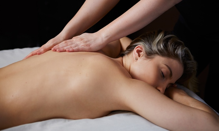 Hands of Gold Wellness - Oakbrook Terrace: Swedish Massage or Hot-Stone Massage with Aromatherapy at Hands of Gold Wellness (Up to 31% Off)
